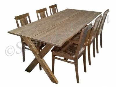 Fanni pöytä